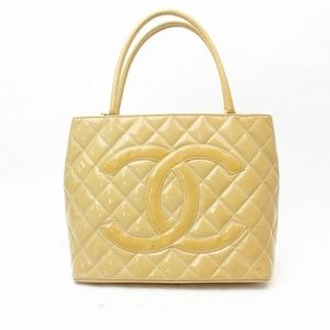Chanel Quilted Patent Medallion Tote with Zipper